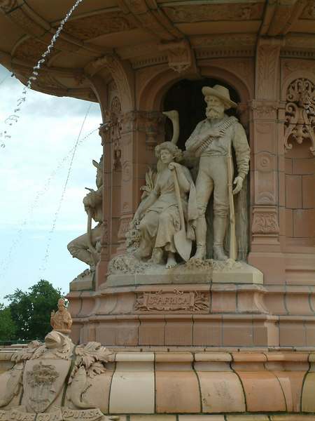 Glasgow Green - Doulton Fountain - the South African Group.