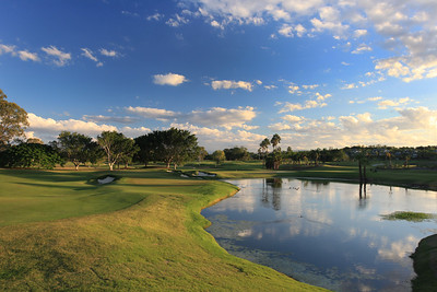 SanctuaryCovePalms_12Tee_1168