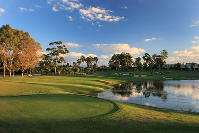 SanctuaryCovePalms_13Tee_1181