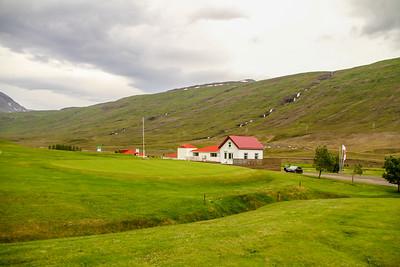 Byggðaholtsvöllur. Eskifjörður.