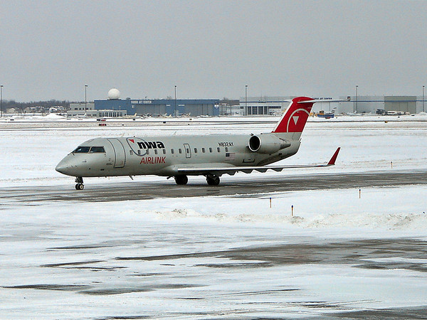 Friend arriving - Fargo Airport.