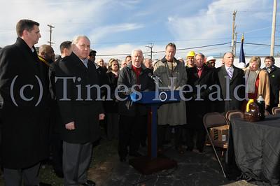 Governor Tom Corbett signs 2.3 billion Transportation Bill
