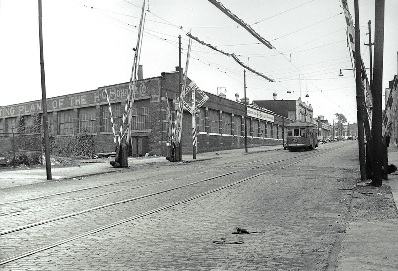 H.C. Bohack and Company was located between Woodward and Flushing