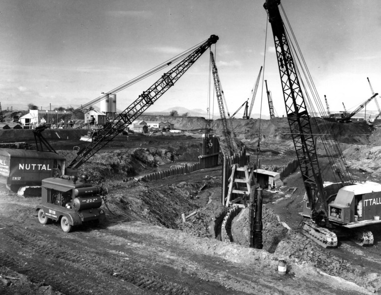 D016	Temporary piling & excavation at west side of dock  21/3/1962