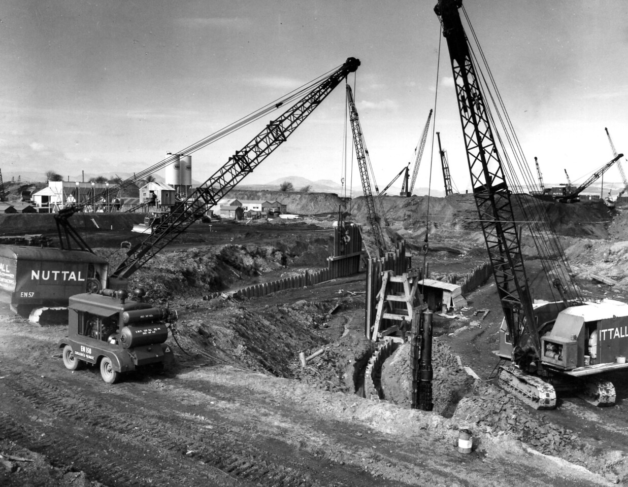 D016Temporary piling & excavation at west side of dock  21/3/1962