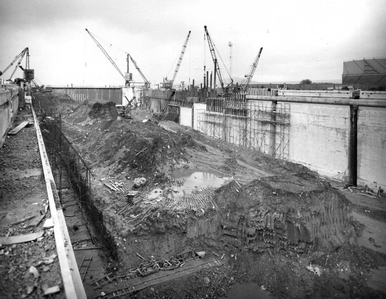 D107View of east wall works  1/10/1963