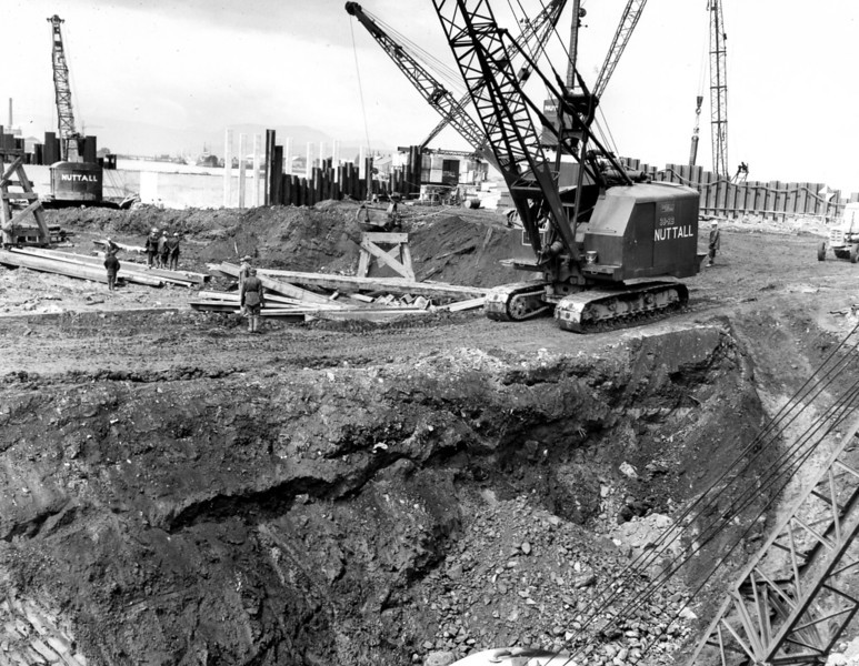 D096	Roadway leading to dock floor and excavation of east wall   26/6/1963