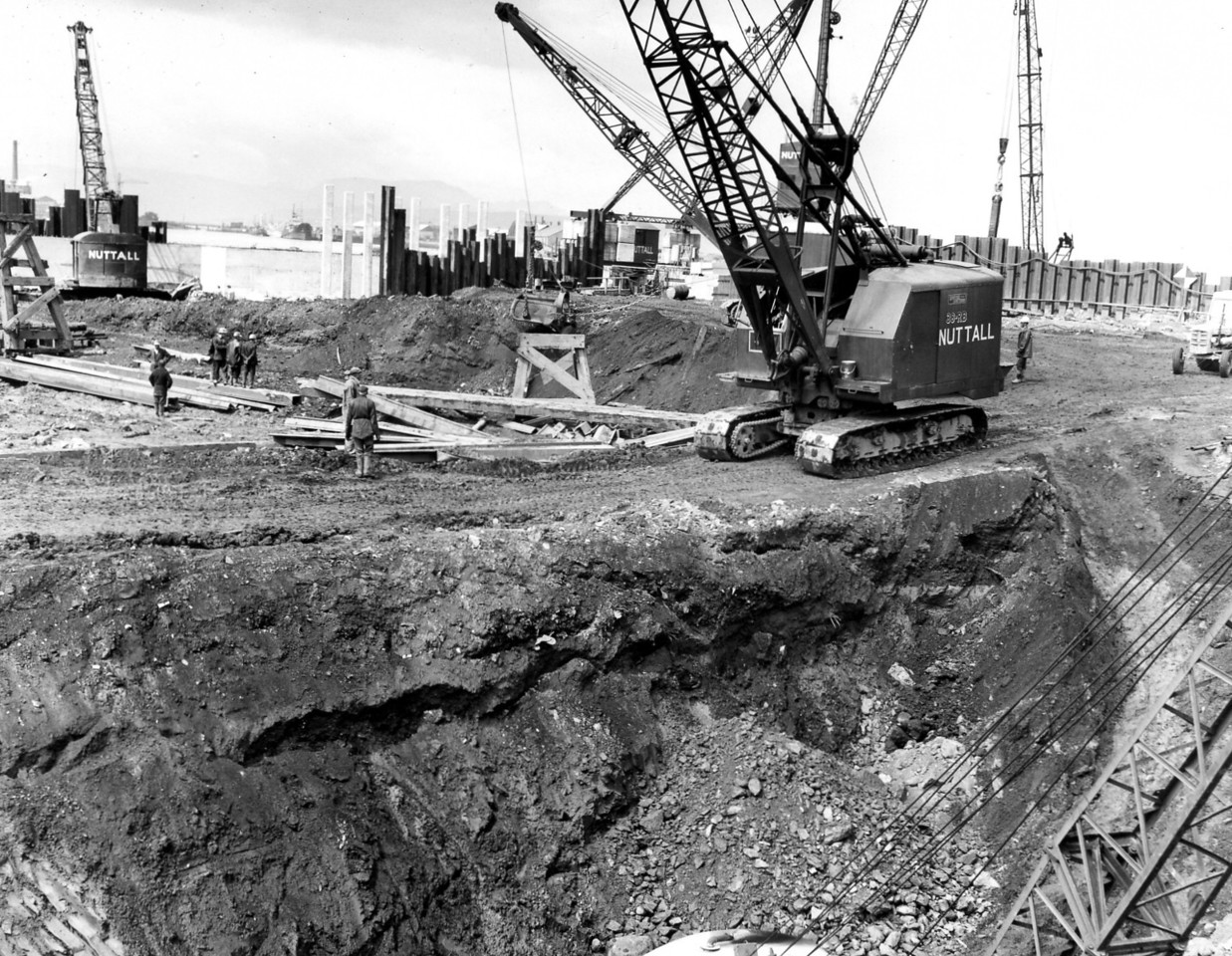 D096Roadway leading to dock floor and excavation of east wall   26/6/1963