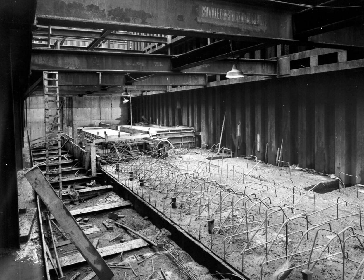 D069Entrance works - temporary bracing to face of cill. 1st section of cill surface completed  31/12/1962