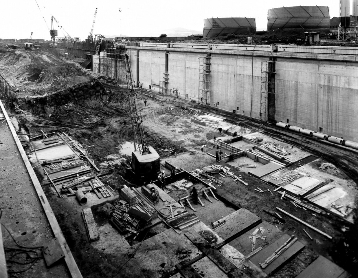 D099General view of east wall works - taken Sept 1963