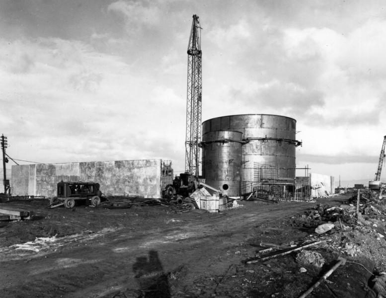 T019Tank compound looking east   30/3/1963