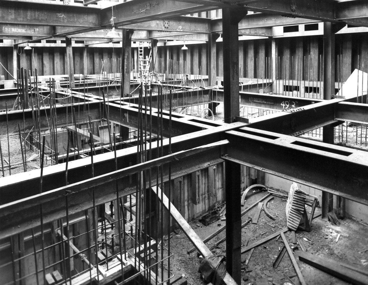 D050	Entrance works - suction chamberwalls in oumphouse  25/10/1962