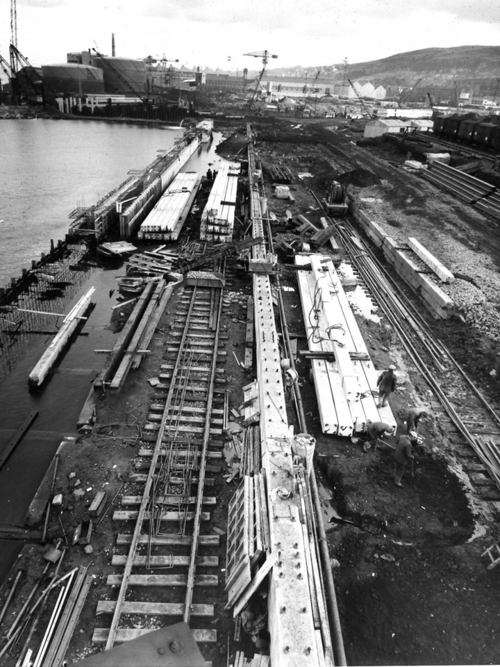 Q019	General view of Repair Quay looking east  30/3/1963