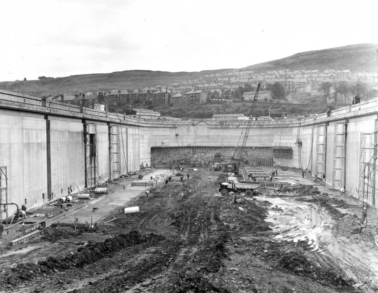 D094	View of dock floor and headwall 26/6/1963