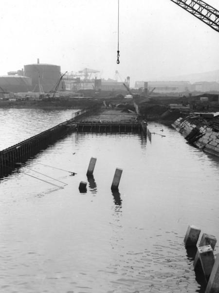 Q014General View of Repair Quay Works   25/9/1962