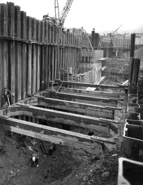 D045Dock wall and trench excavation - east side  25/9/1962