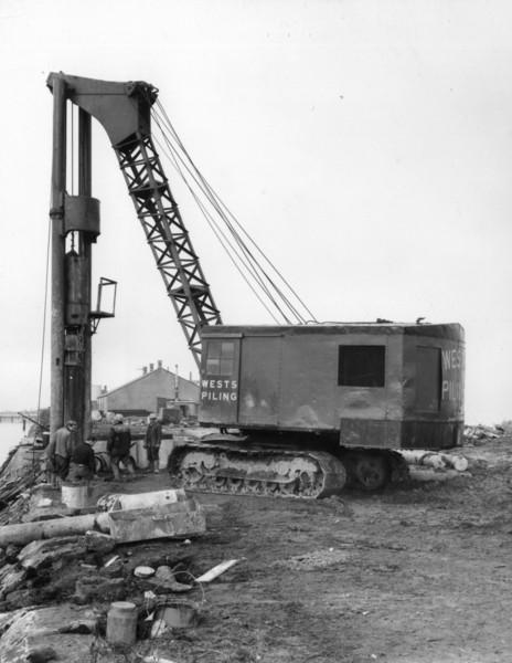 T008Wests piling at jetty abutment    27/11/1962