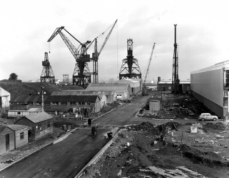D151	Main road to repair quay   5/5/1964