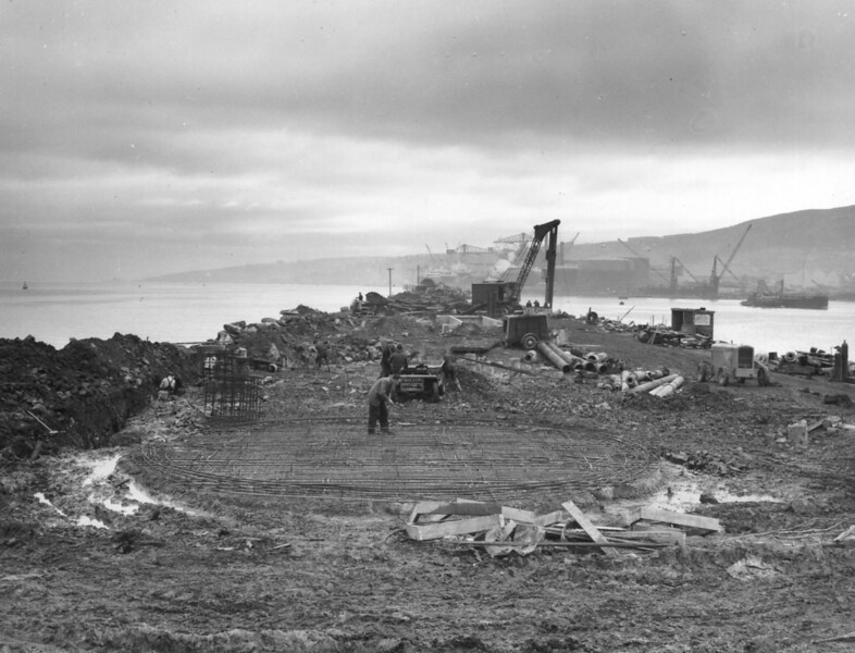 T005	Work on progress on tank foundations   27/11/1962