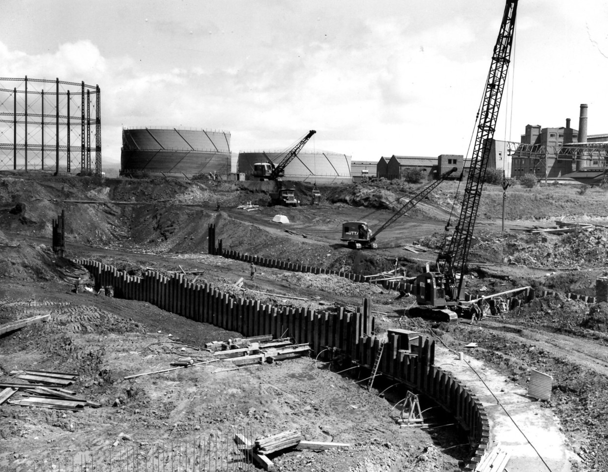D026General view of excavation etc on east side 23/5/1962