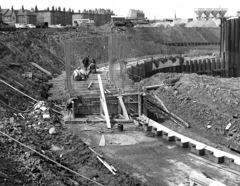 D024Arch wall subway - 2 floor bays concreted. Preparatory work in progress 23/5/1962