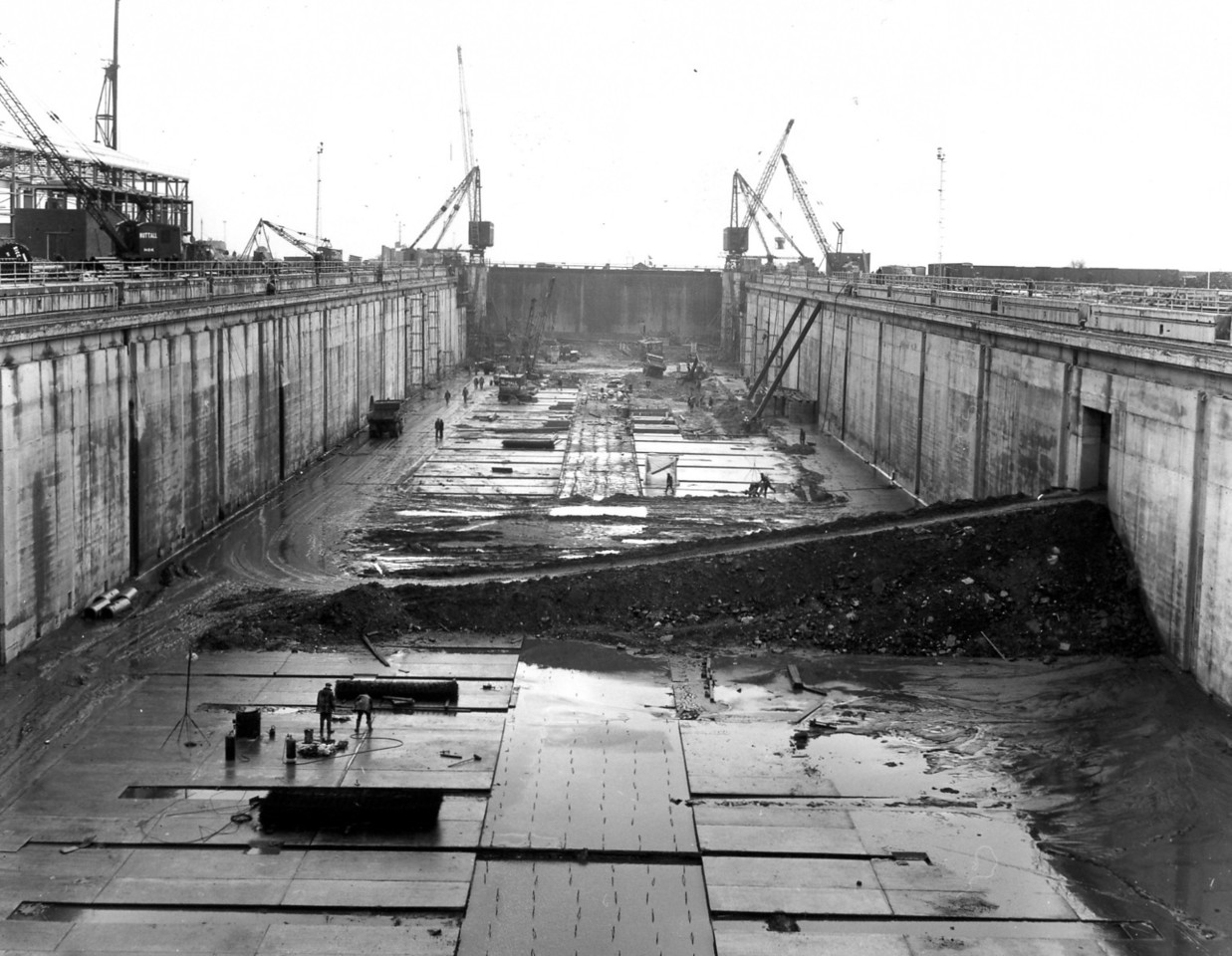 D123General view of dock body works   30/12/1963