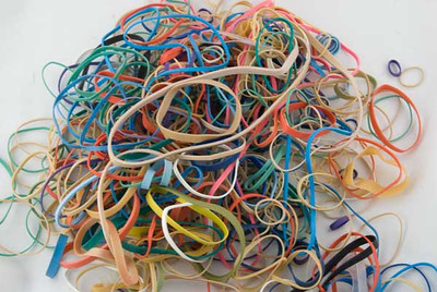 Rubber_Bands_In_A_Pile_0352