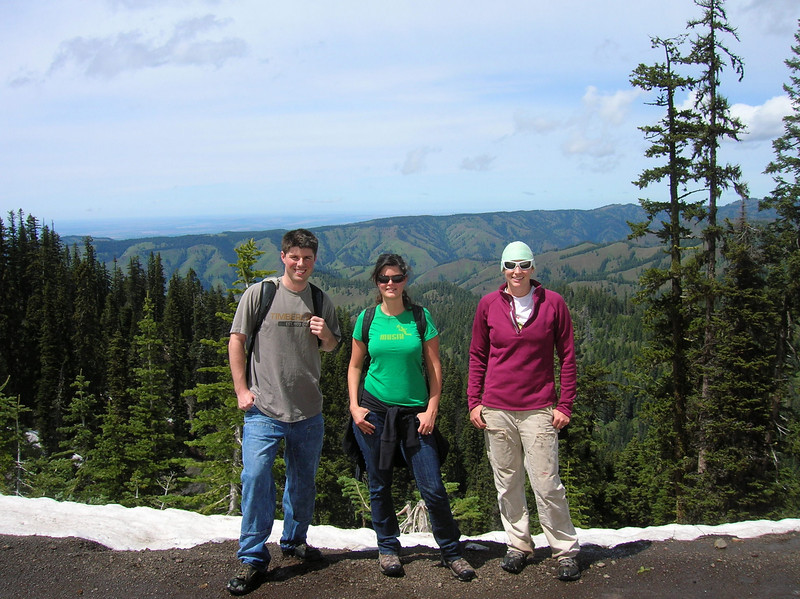HCPC Staff Attorney (Jennifer Schwartz (center)), with 2010 summer interns (Garrett Chrostek (left) and Megan Dutton (right)), filed recon in the Walla Walla River watershed