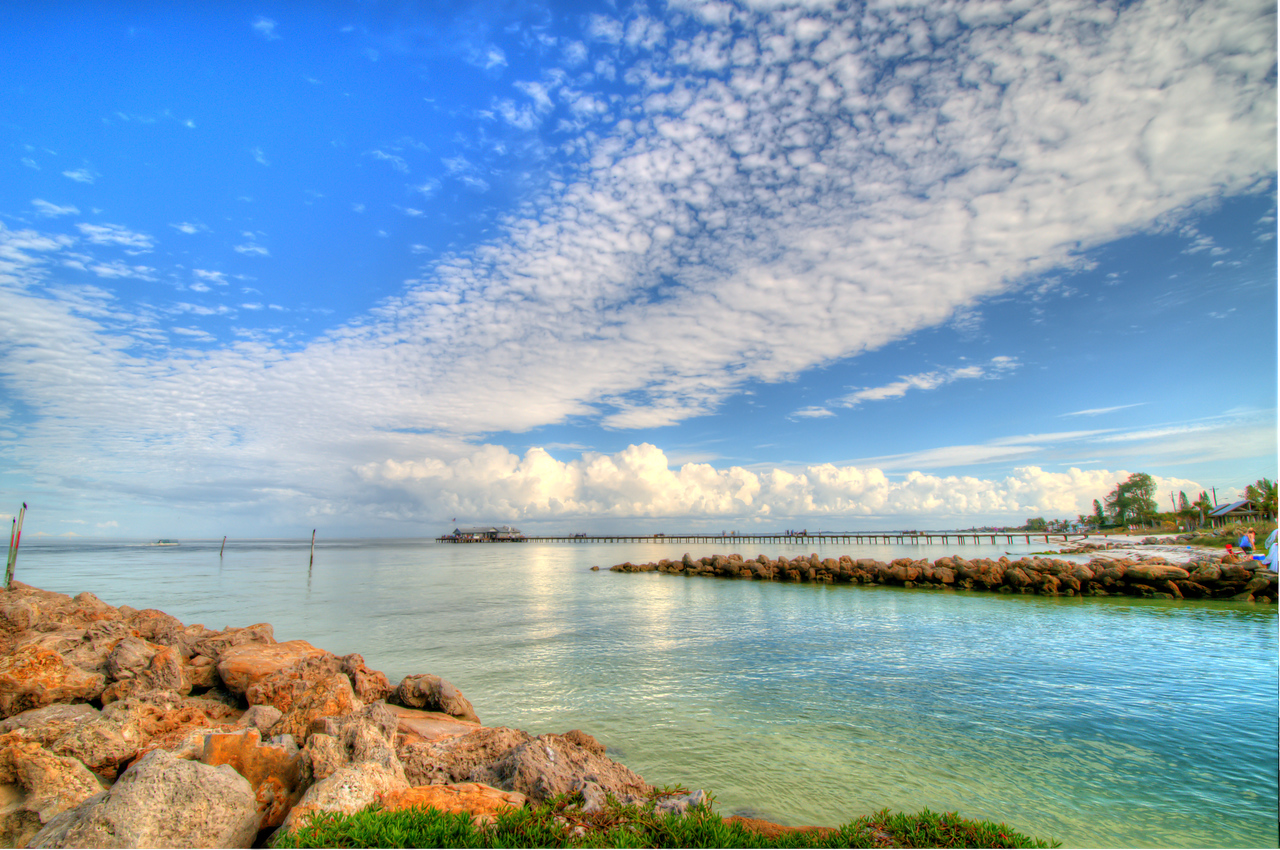 Anna Maria City Pier from Inlet