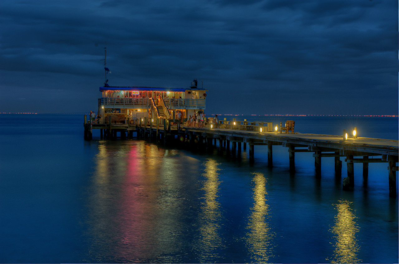 Rod and Reel Pier on Anna Maria