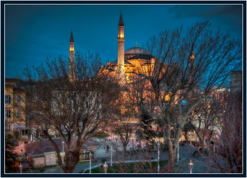 The Haggia Sophia at twilight, Istanbul, Turkey - HDR.