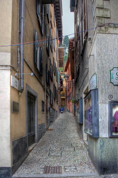 HDR: Alleyway, Bellagio, Italy.