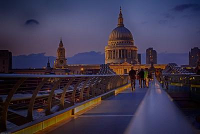 Evening stroll across Millennium Bridge