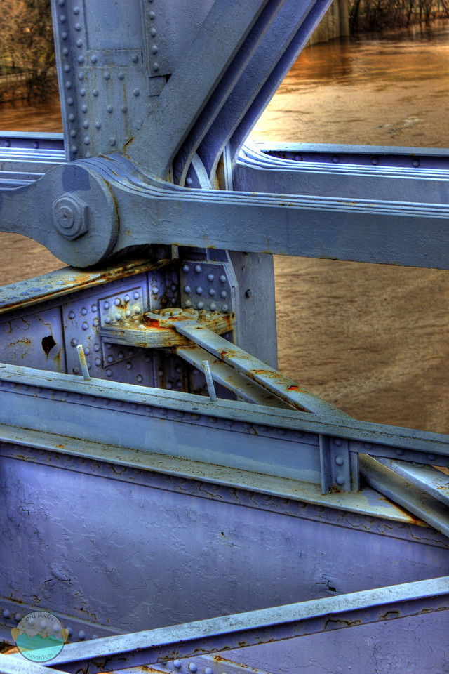 Rusting Joint<br /> HDR of a rusting area of the People Purple Bridge.