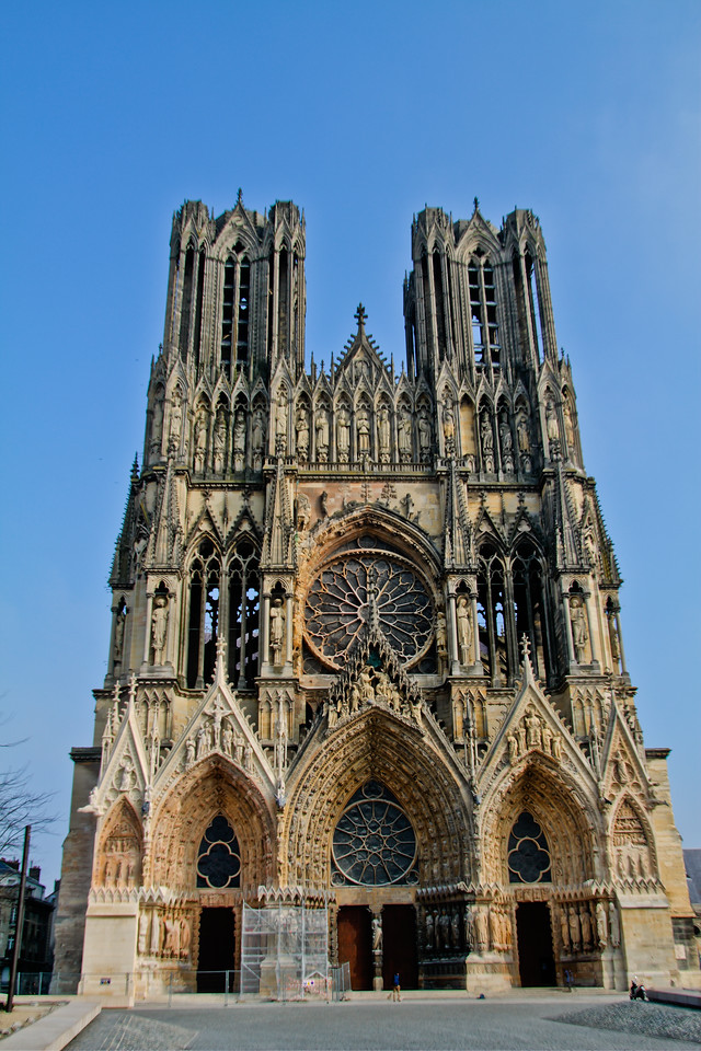 Reims Notre Dame on a very cold, windy winter day