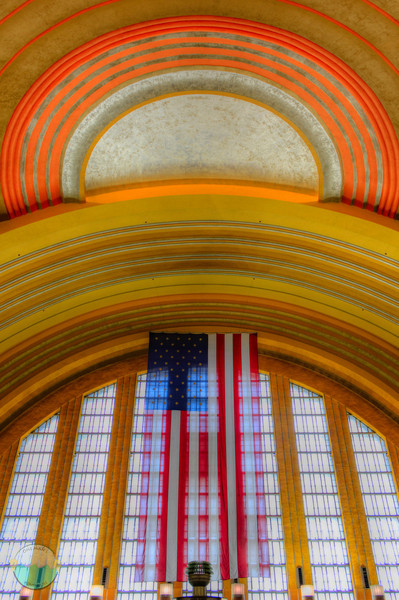 Union Flag<br /> This is an HDR image of the flag adn the top of the half dome in Union Terminal.