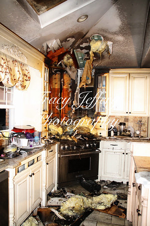 HFD- Kitchen Fire 27 Plymouth Rd. 2-28-14