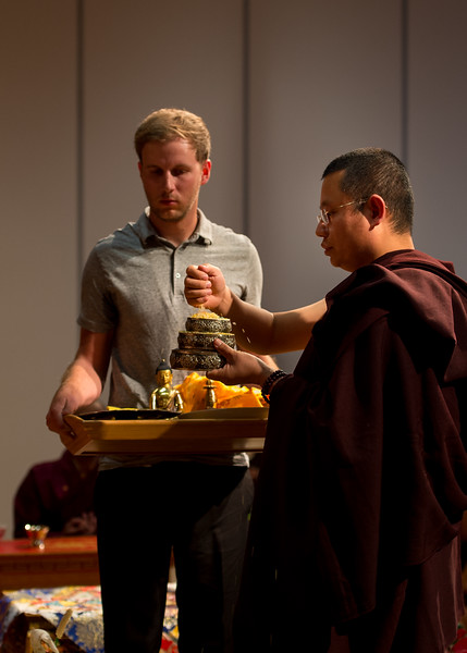 Lhoppon Rinpoche preparing the mandala offering