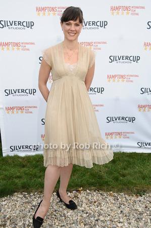 Amanda Pennington<br />  photo by Rob Rich © 2009 robwayne1@aol.com 516-676-3939