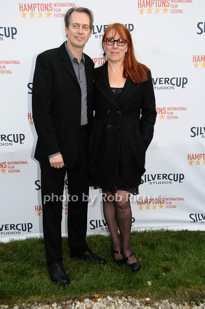 October 10,2009:Steve Buscemi & Jo Buscemi attend  the HIFF Chairman's reception @ the home of Stuart March Suna a  in Easthampton on October 10, 2009. photo by Rob Rich/SocietyAllure.com