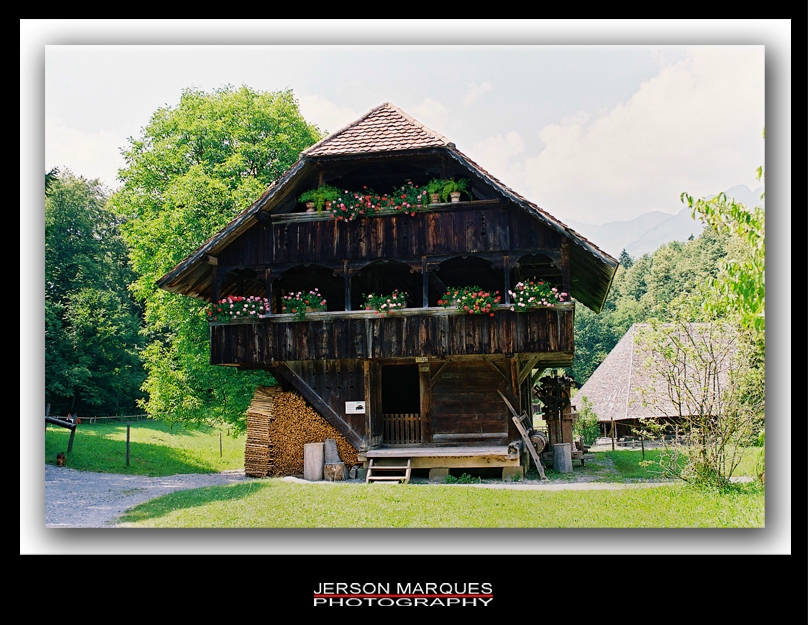 SWISS OLD HOUSE