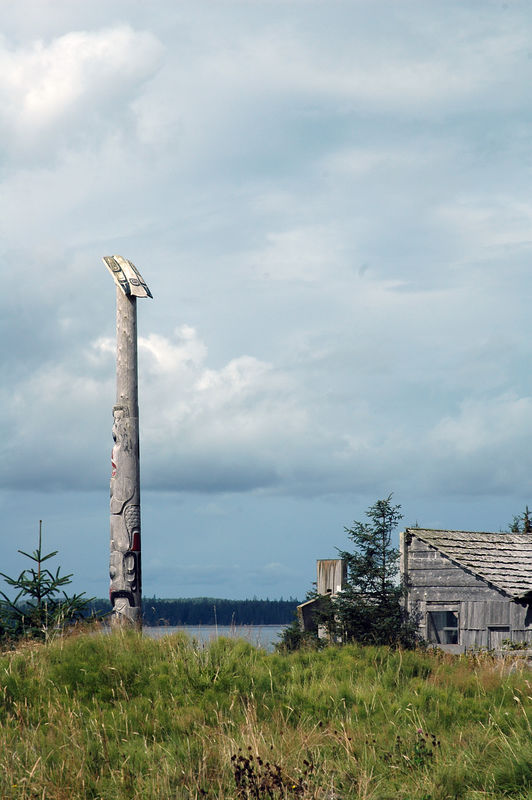 Old Massett 2-  2km to the west of Masset is home of the administrative centre for the Council of the Haida First Nation and where some six hundred aboriginal people still live and work.
