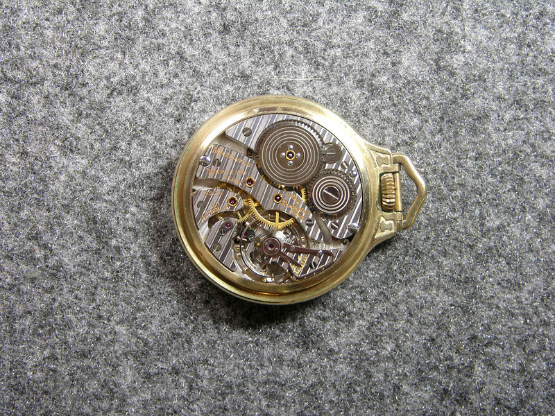 950B movement, SN S28315                      23 jewels, produced 1941- 1948 +            total production 4,495