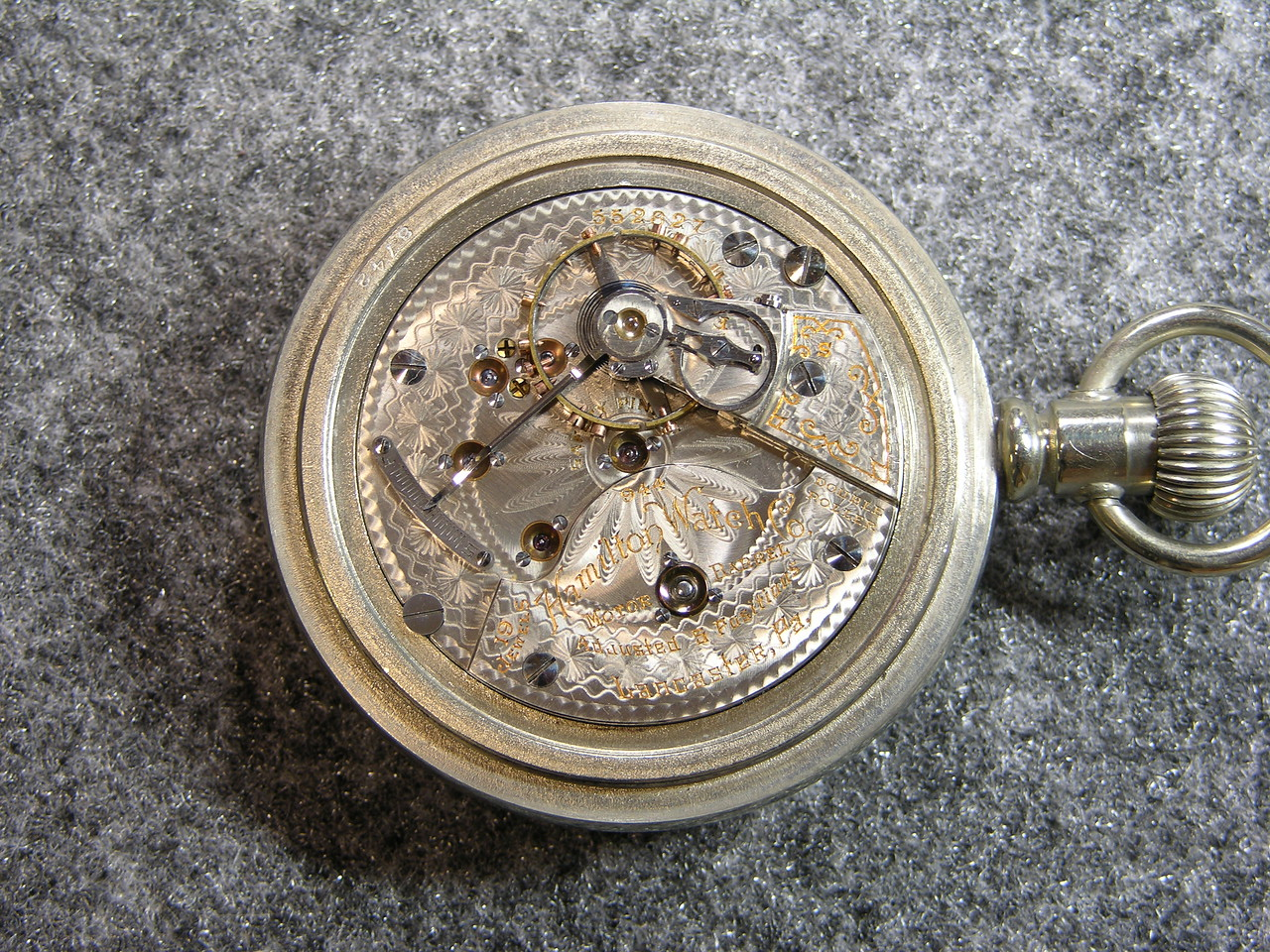 944 movement, SN 552827                        19 jewels, produced 1905-1908                 total production 6,600
