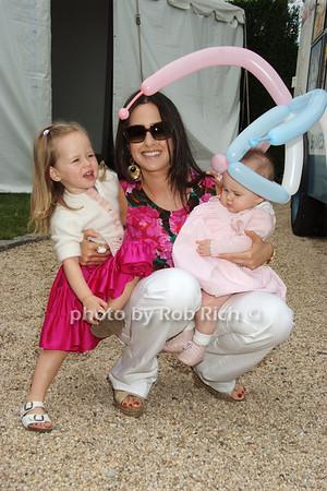 Penny Binn,, Haley Binn, Cecilia Binn photo by Rob Rich © 2008 516-676-3939 robwayne1@aol.com
