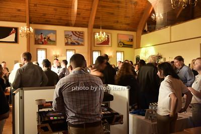 atmosphere at Duck Walk Vineyards photo by Rob Rich/SocietyAllure.com © 2015 robwayne1@aol.com 516-676-3939