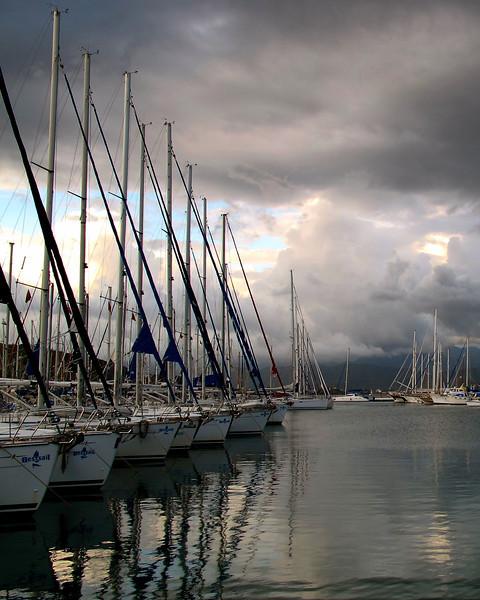 Fethiye Harbor (Turkey Oct 2009) Canon G11 6.1mm f/4 1/80 ISO 80