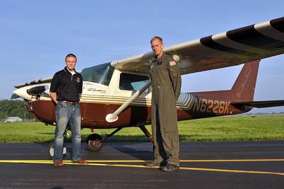 The Western Michigan University and USAF Academy team captains with N6226K, Jeff's competition airplane.