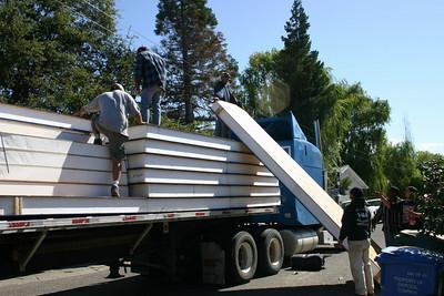 Harbor Lane Remodel: We Get A Roof - Sort Of!