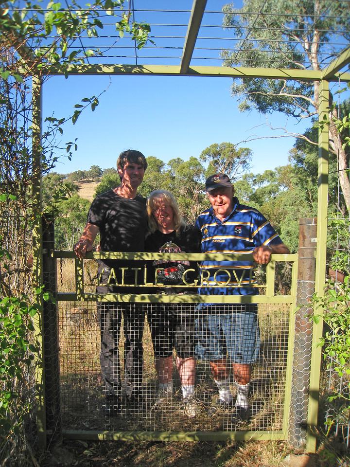 2012 Gate to Wattle Grove Harvey Mark Gina